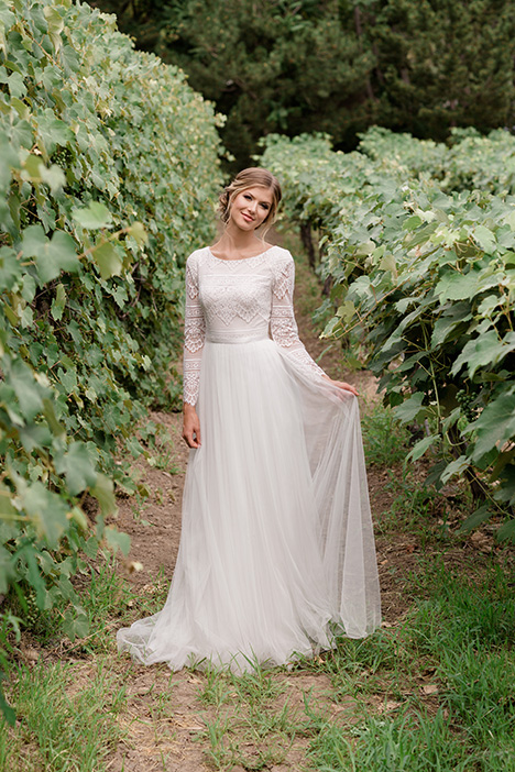 TR11976 gown from the 2019 Modest by Mon Cheri collection, as seen on Bride.Canada