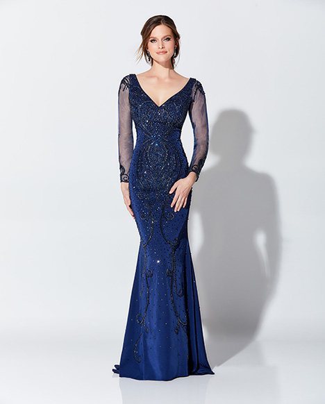 119D44 (sleeves) gown from the 2019 Montage: Ivonne D Collection collection, as seen on Bride.Canada