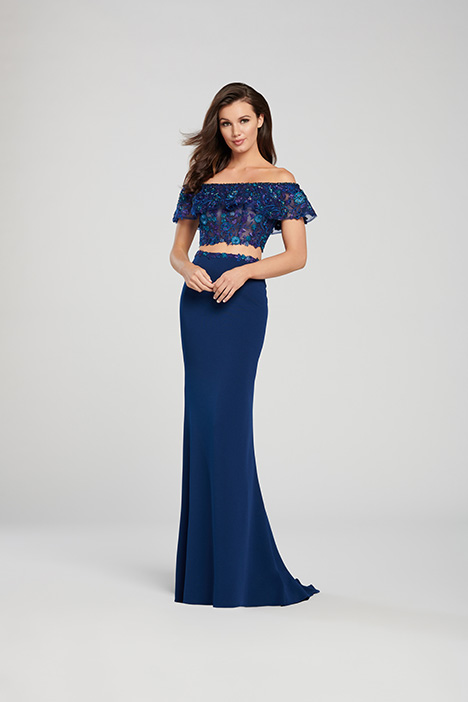 EW119012 gown from the 2019 Ellie Wilde collection, as seen on Bride.Canada