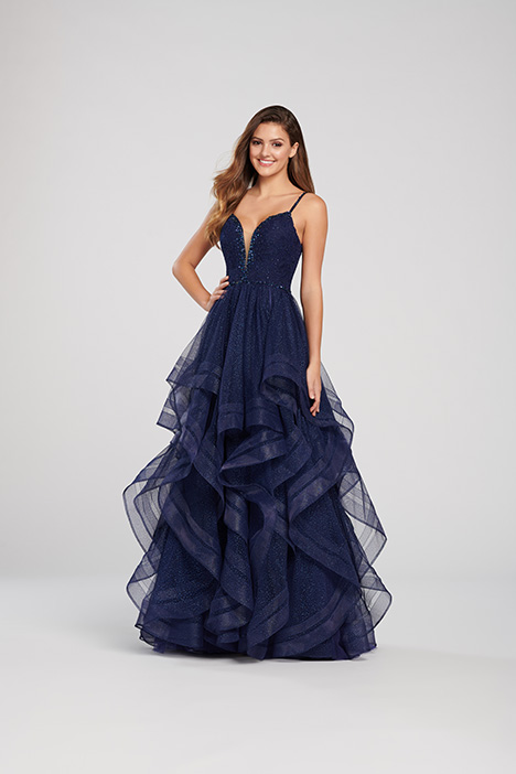 EW119115 gown from the 2019 Ellie Wilde collection, as seen on Bride.Canada