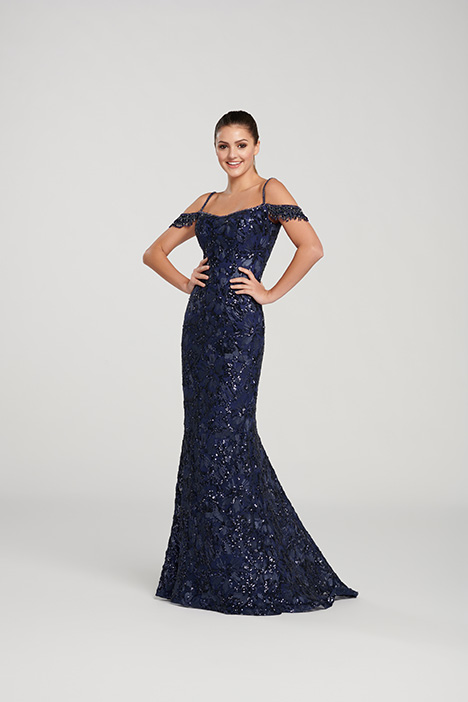 EW119157 gown from the 2019 Ellie Wilde collection, as seen on Bride.Canada