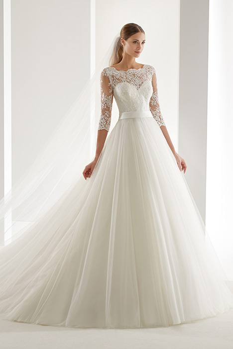 AUAB19927 gown from the 2019 Aurora collection, as seen on Bride.Canada