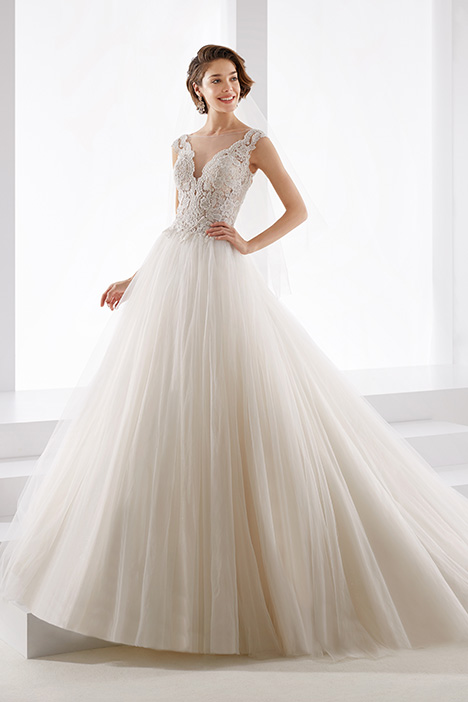 JOAB19425 gown from the 2019 Jolies collection, as seen on Bride.Canada