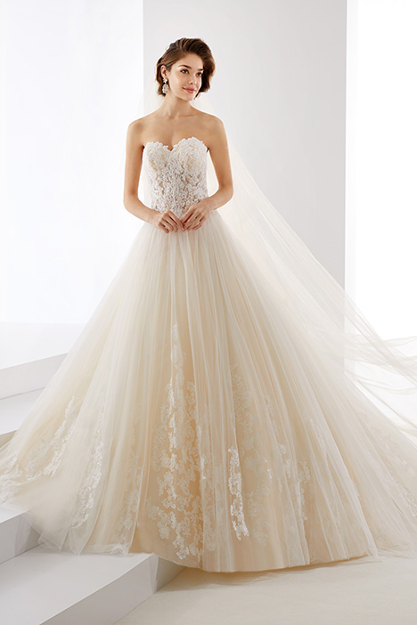 JOAB19427 gown from the 2019 Jolies collection, as seen on Bride.Canada