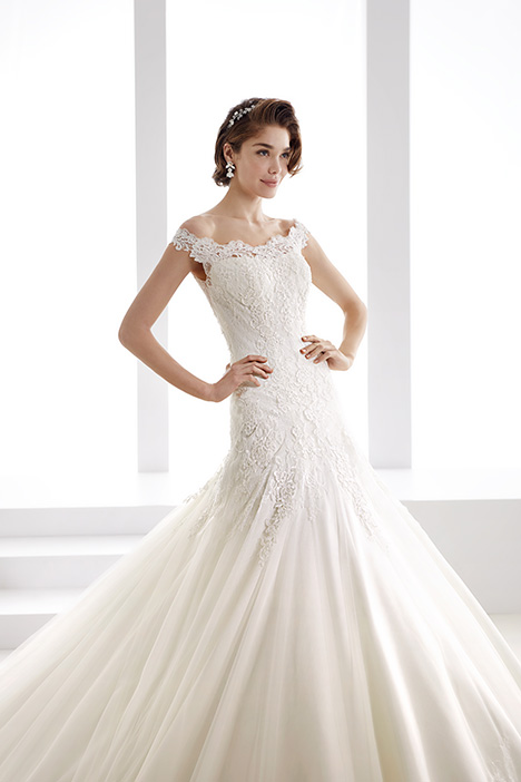 JOAB19439 gown from the 2019 Jolies collection, as seen on Bride.Canada