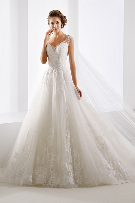 JOAB19467 gown from the 2019 Jolies collection, as seen on Bride.Canada