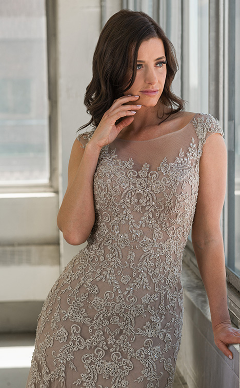 77700 (close) gown from the 2018 Bridalane: Mothers & Evening collection, as seen on Bride.Canada