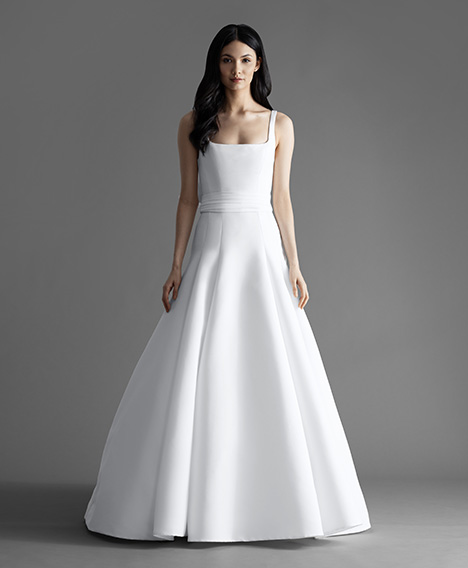 Easton (4909) gown from the 2019 Allison Webb collection, as seen on Bride.Canada