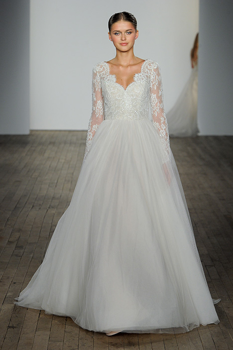 Whitley gown from the 2019 Allison Webb collection, as seen on Bride.Canada