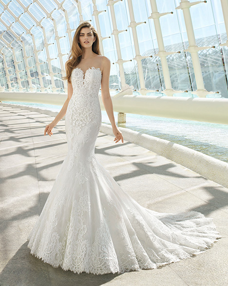 DAY (3A136) gown from the 2019 Rosa Clara collection, as seen on Bride.Canada