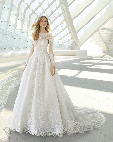 DUBAI (3A1C2) gown from the 2019 Rosa Clara collection, as seen on Bride.Canada