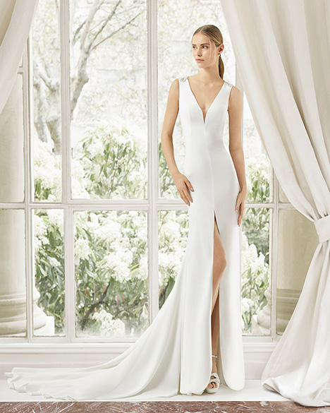 MALY (31121) gown from the 2019 Rosa Clara Couture collection, as seen on Bride.Canada