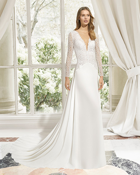 MANAGUA (31122) gown from the 2019 Rosa Clara Couture collection, as seen on Bride.Canada
