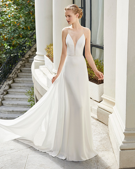 MISTERIO (31272) (2) gown from the 2019 Rosa Clara Couture collection, as seen on Bride.Canada