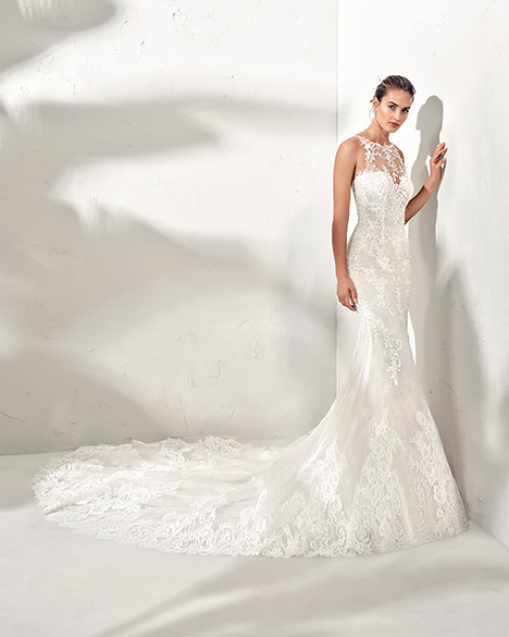 FAMILA (3N107) gown from the 2019 Adriana Alier collection, as seen on Bride.Canada