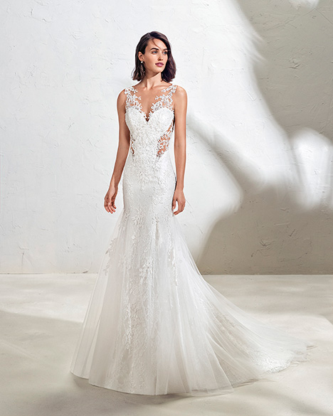 FANIA (3N110) gown from the 2019 Adriana Alier collection, as seen on Bride.Canada