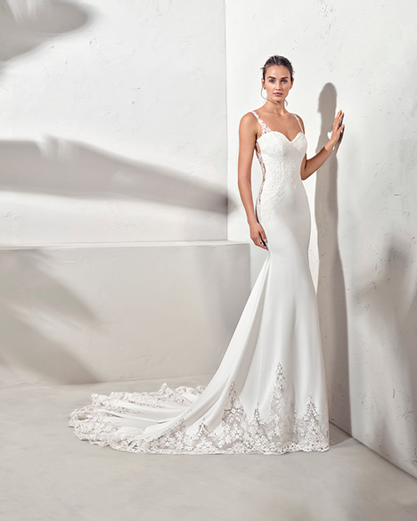 FARREL (3N113) gown from the 2019 Adriana Alier collection, as seen on Bride.Canada