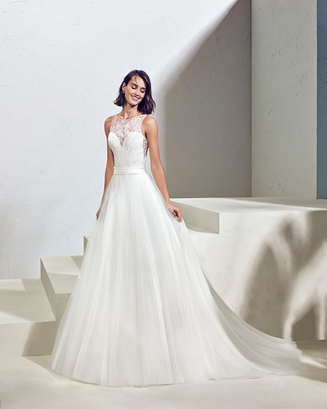 FRAGATA (3N146) gown from the 2019 Adriana Alier collection, as seen on Bride.Canada