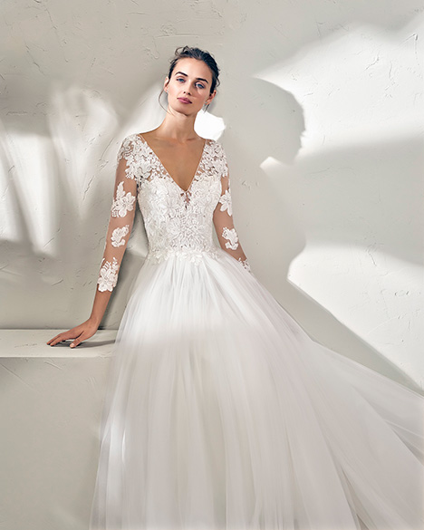 FREIRE (3N150) gown from the 2019 Adriana Alier collection, as seen on Bride.Canada