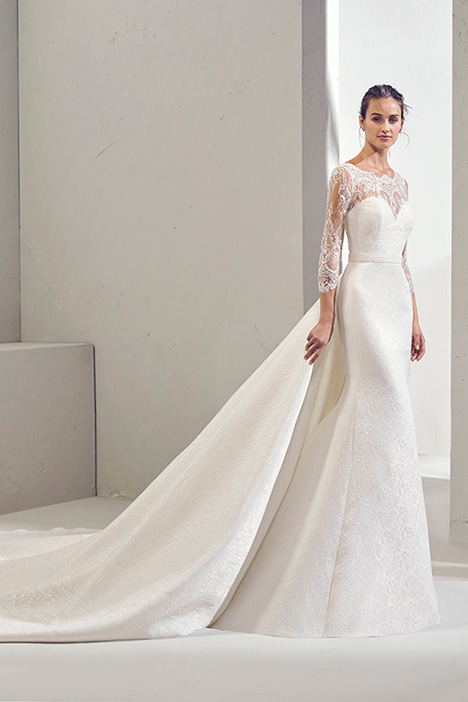 FUEGO (3N259) gown from the 2019 Adriana Alier collection, as seen on Bride.Canada