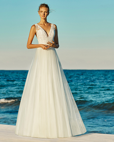GEORGINA gown from the 2019 Aire Barcelona Beach Wedding collection, as seen on Bride.Canada