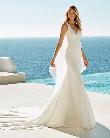 GRAZIELA gown from the 2019 Aire Barcelona Beach Wedding collection, as seen on Bride.Canada