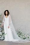 Claire Pettibone: Romantique Swan (+ cape)