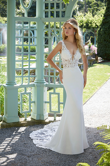 2034 gown from the 2019 Morilee Bridal collection, as seen on Bride.Canada