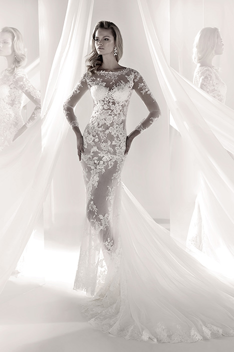 LXAB19010 gown from the 2019 Luxury collection, as seen on Bride.Canada