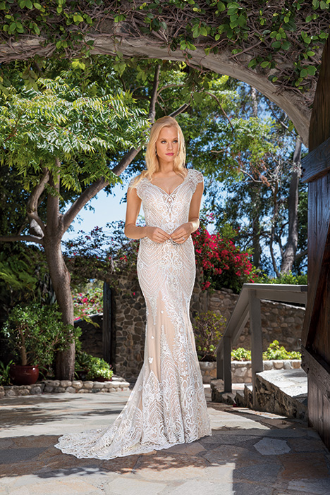 Aubrey gown from the 2019 Casablanca Bridal collection, as seen on Bride.Canada