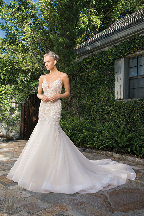 Clara gown from the 2019 Casablanca Bridal collection, as seen on Bride.Canada