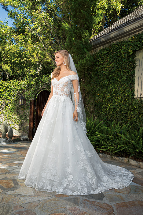 Anabelle gown from the 2019 Casablanca Bridal collection, as seen on Bride.Canada