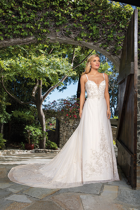 Eliza gown from the 2019 Casablanca Bridal collection, as seen on Bride.Canada