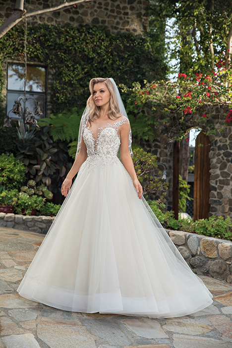 Karissa gown from the 2019 Casablanca Bridal collection, as seen on Bride.Canada