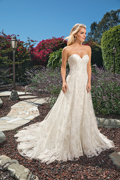 Brielle gown from the 2019 Casablanca Bridal collection, as seen on Bride.Canada
