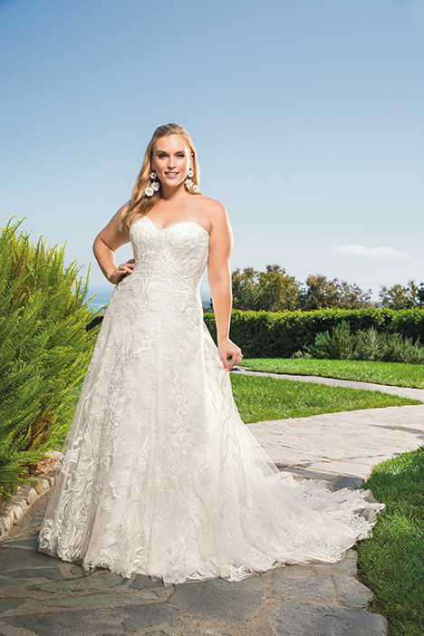 Brielle + gown from the 2019 Casablanca Bridal collection, as seen on Bride.Canada
