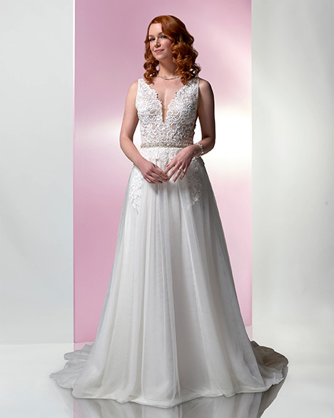 PA9347N gown from the 2019 Venus Bridal: Pallas Athena collection, as seen on Bride.Canada