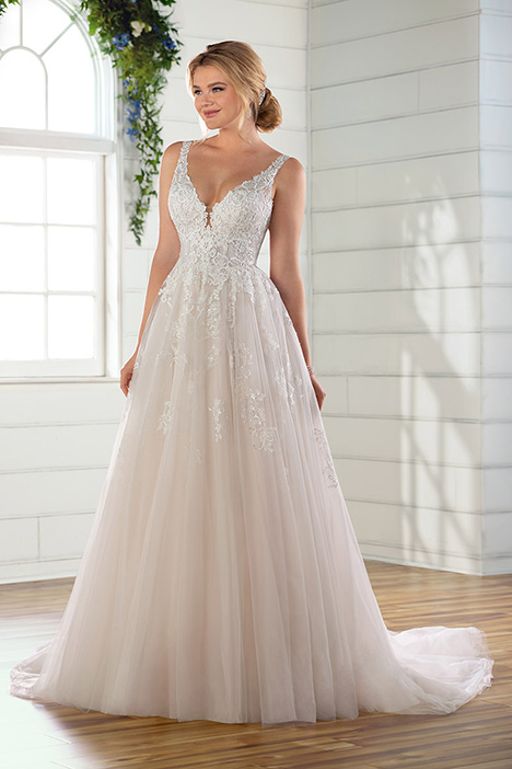 D2587 gown from the 2019 Essense of Australia collection, as seen on Bride.Canada
