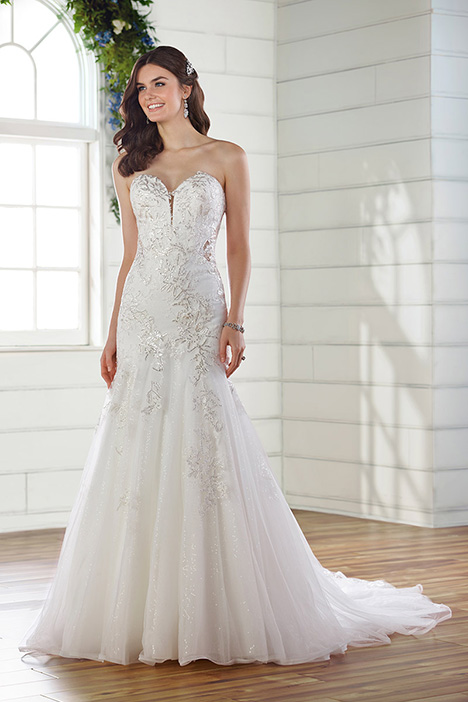 D2615 gown from the 2019 Essense of Australia collection, as seen on Bride.Canada