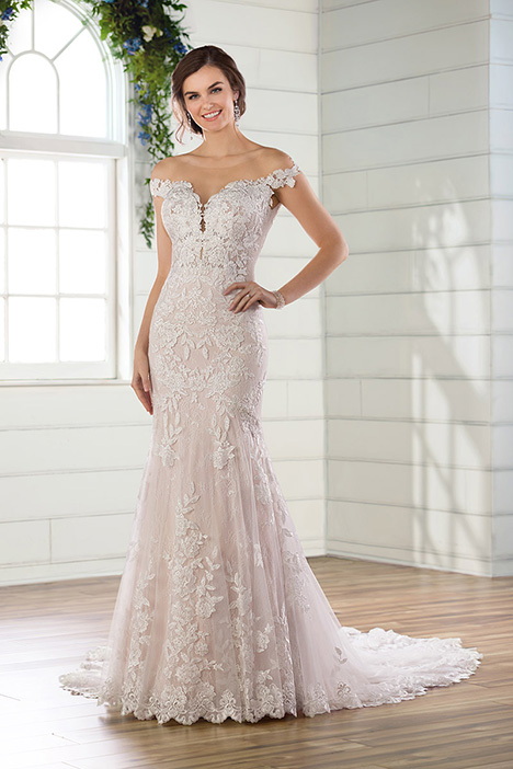 D2641 gown from the 2019 Essense of Australia collection, as seen on Bride.Canada