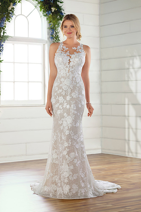 D2682 gown from the 2019 Essense of Australia collection, as seen on Bride.Canada