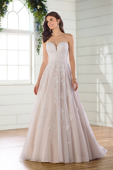 D2698 gown from the 2019 Essense of Australia collection, as seen on Bride.Canada