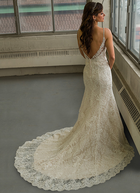 gp1105 (back) gown from the 2018 Grace by Bridalane collection, as seen on Bride.Canada