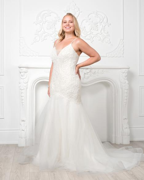 8227W gown from the 2019 Romantic Bridals: Curvy Bride collection, as seen on Bride.Canada
