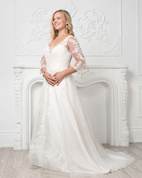 8230W gown from the 2019 Romantic Bridals: Curvy Bride collection, as seen on Bride.Canada