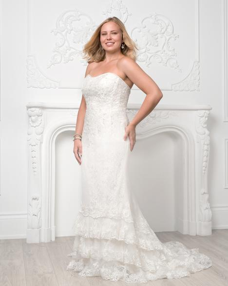 8231W gown from the 2019 Romantic Bridals: Curvy Bride collection, as seen on Bride.Canada