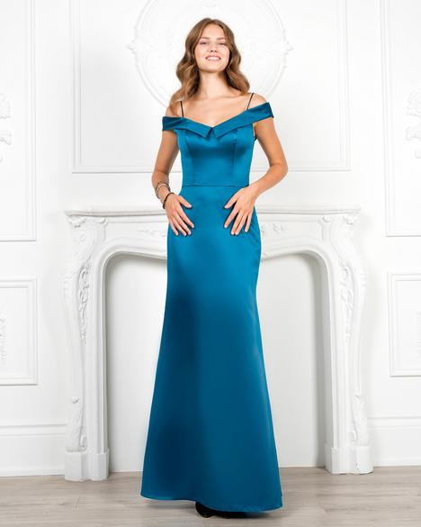 7960 gown from the 2019 Romantic Maids collection, as seen on Bride.Canada