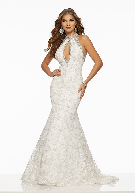 43068 gown from the 2019 Mori Lee Prom collection, as seen on Bride.Canada