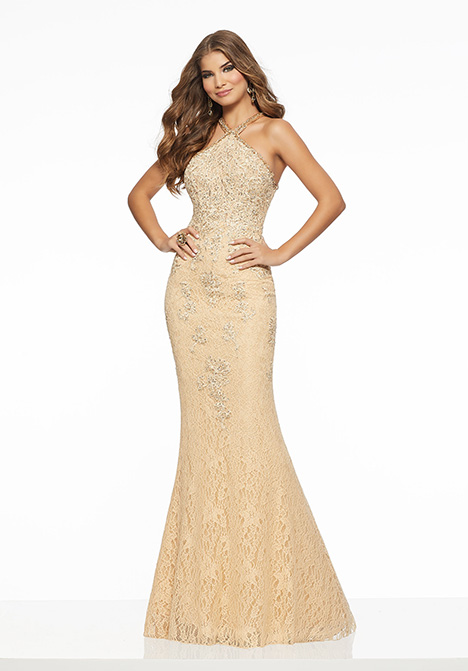 43092 gown from the 2019 Mori Lee Prom collection, as seen on Bride.Canada
