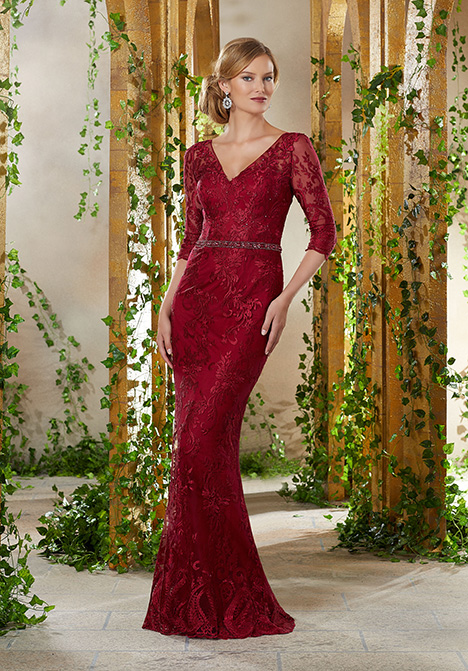 71924 gown from the 2019 MGNY Madeline Gardner collection, as seen on Bride.Canada